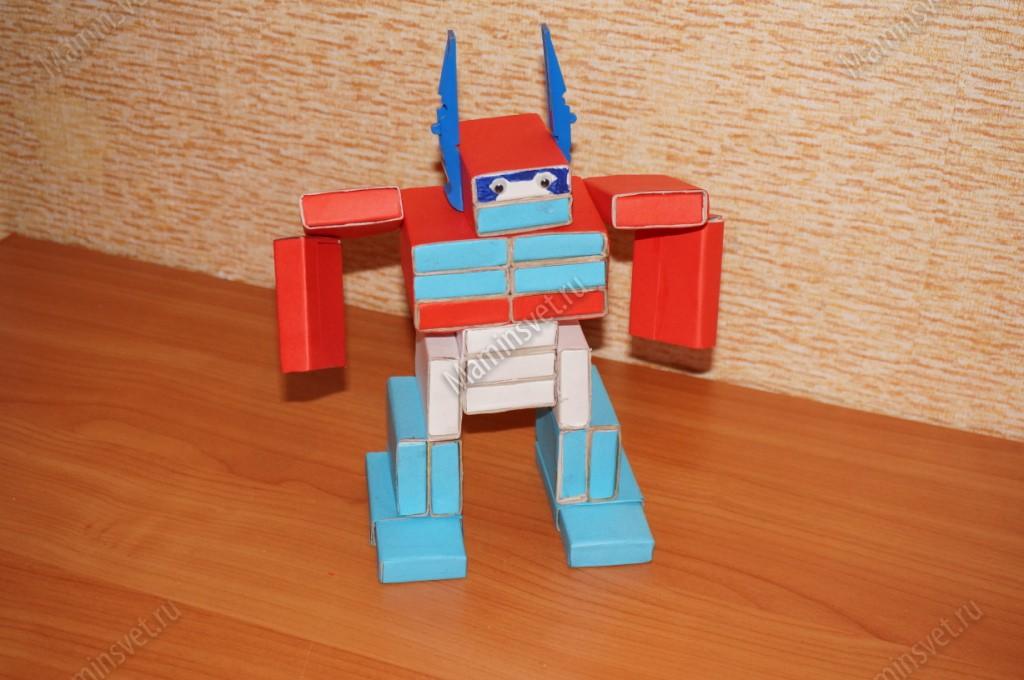 Как сделать из спичечных коробков робота поэтапно